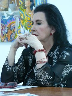 """Presentación del libro """"EL cubo y lo gris"""" de María Cristina Solaeche"""