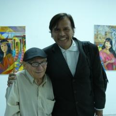 Hector Pirela Zambrano junto al poeta Roger Rondón