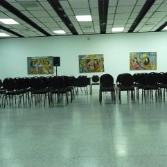 El salón esperando